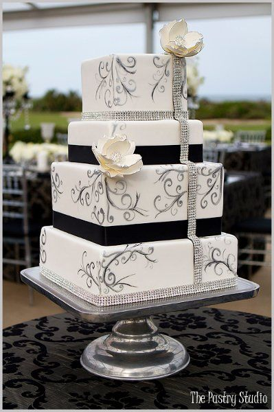 black and white square wedding cake with red roses top 25 best white square wedding cakes ideas on 11841