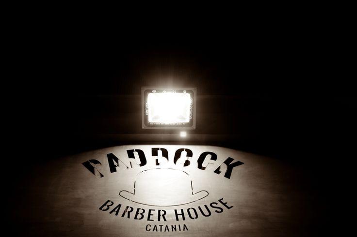 Paddock è la prima Barber House di Catania e provincia dove lo stile e l'eccellenza del servizio è un'abitudine