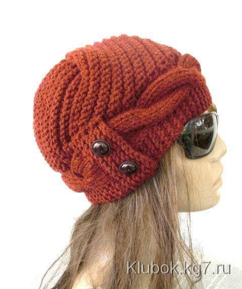 Красивая вязанная шапка