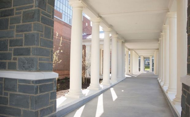 The Best Places to Have a Photo Shoot on JMU's Campus