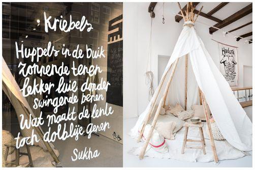 etalage voor Sukha. Atelier Barbara van den Berg. Amsterdam