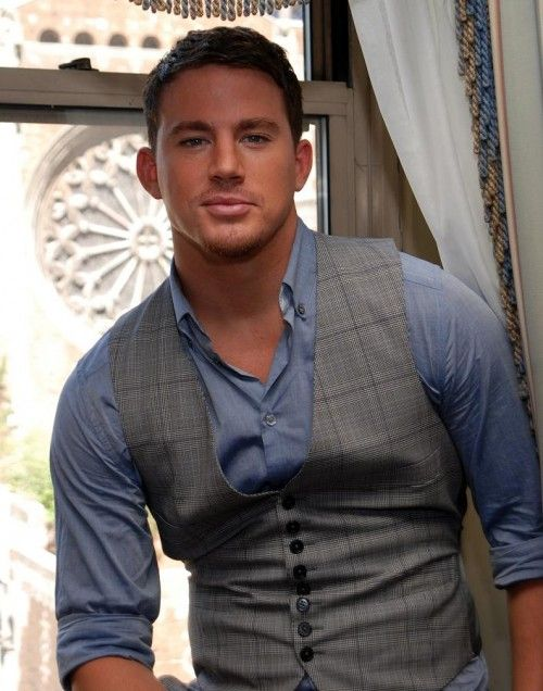 I'm telling you- give me a man in a shirt and waistcoat over naked any day!