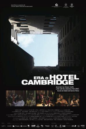 """""""Era o Hotel Cambridge"""", de Eliane Caffé - O cotidiano de brasileiros e refugiados estrangeiros em um prédio ocupado no centro de São Paulo. #52FilmsByWomen"""