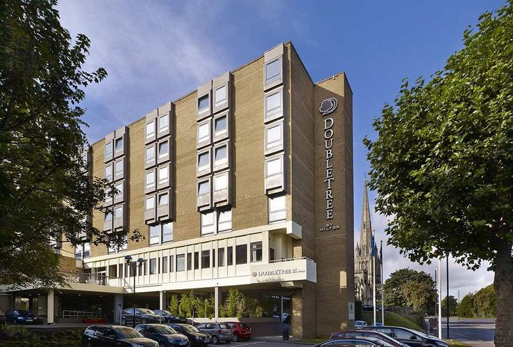 Welcome to DoubleTree by Hilton Hotel Bristol City Centre, ideally located in the city center.  Experience plenty of on-site parking, excellent service, friendly hospitality and recently updated public areas and guest rooms with modern amenities.