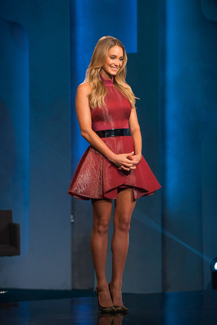 Project Runway Junior host Hannah Davis shows off her style this week's episode.