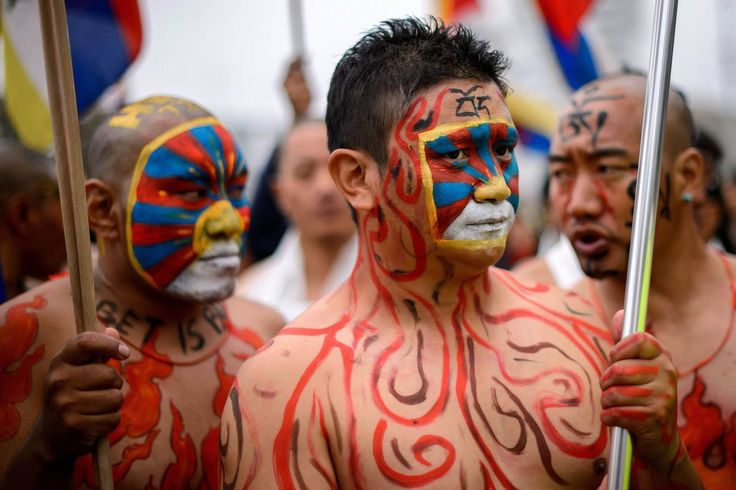 go to this website http://earth66.com/human/tibetan-activists-hold-demonstration-outside-offices-geneva-oct-2013/
