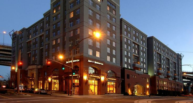 Downtown Portland hotels | Portland extended stay suites | Marriott Residence Inn