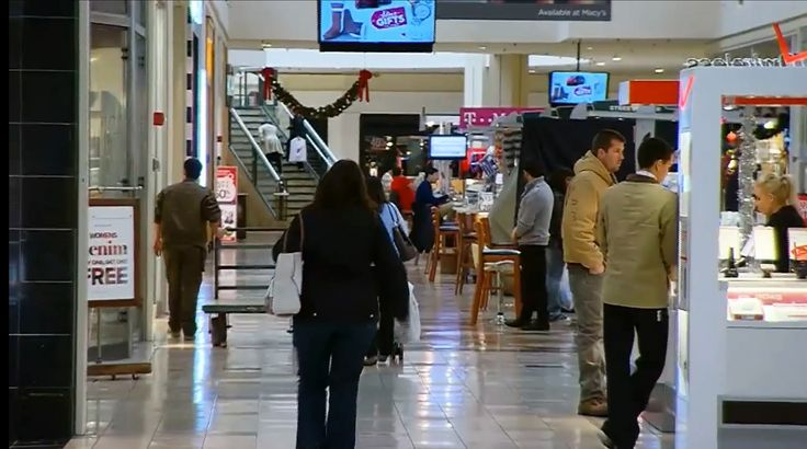 Vet confronts military imposter in a mall | AOL Features