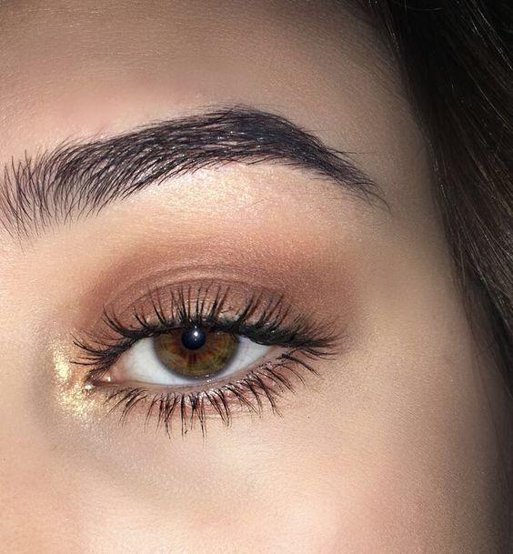 Wie man zu Hause Augenbrauen und Wimpern pflegt – Schönheit