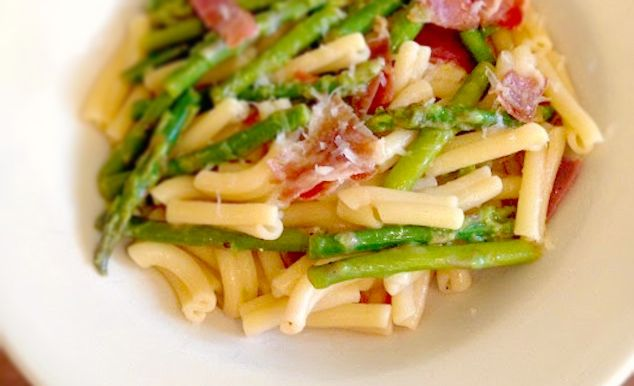 Strozzapreti With Asparagus, Prosciutto, Tomato and Parmigiano-Reggia ...