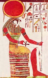 Das ägyptische Wort Re bzw. Ra bezeichnet direkt die Sonne. Es handelt sich hierbei also um eine zentrale Sonnengottheit, die, eingebunden in die astromythologische Weltsicht des ägyptischen Kulturkreises, mit dieser gleichgesetzt wurde. Ra ist zudem der höchste lichte Herrscher des Himmels und Ordner der Welt.  Zum Artikel: http://nebel-all-raunen.blogspot.de/2011/11/gotterportrait-rera.html