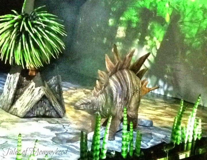 Tales of Mommyhood: Walking With Dinosaurs - The Arena Spectacular