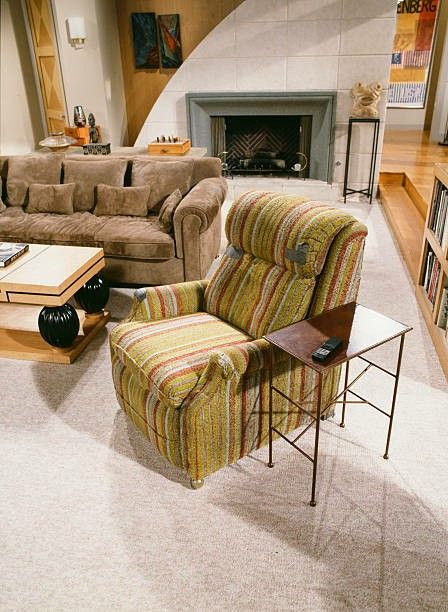 The Most Expensive Piece Of Furniture In Frasier S Whole Apartment Remembrance John Mahoney Who Will Forever Be Our Hearts