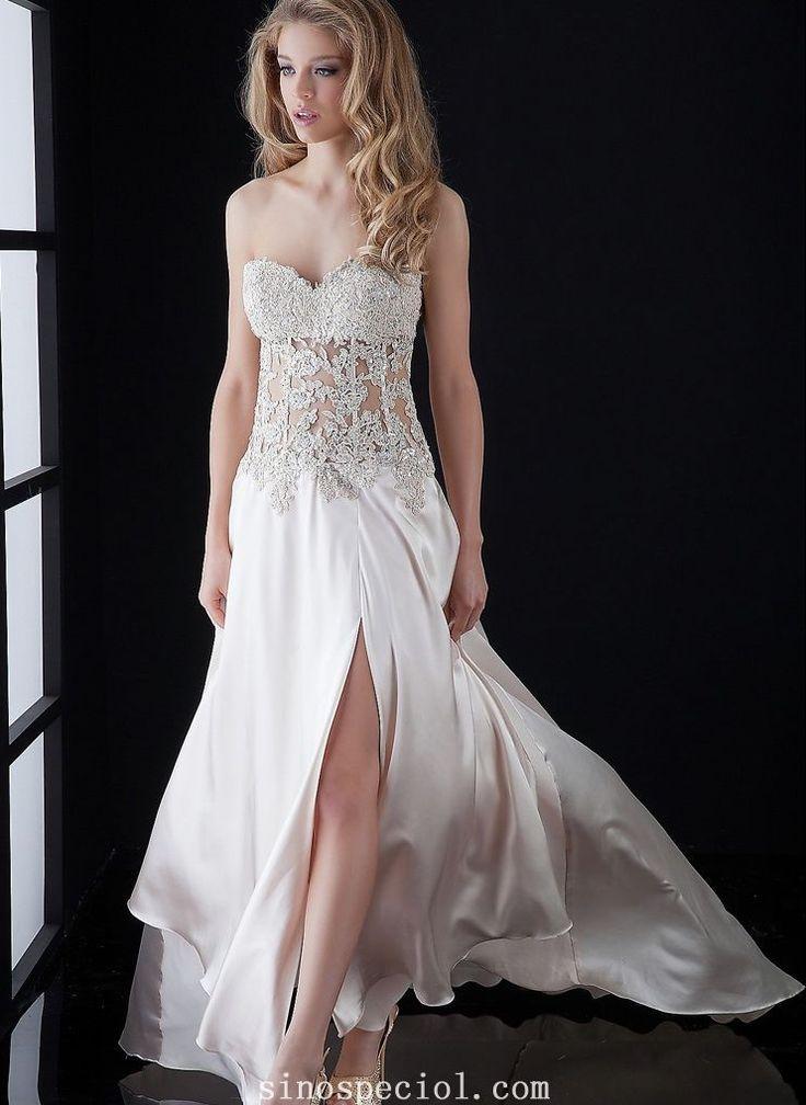 Charming A-line Sweetheart Applique Court Train Evening Dress