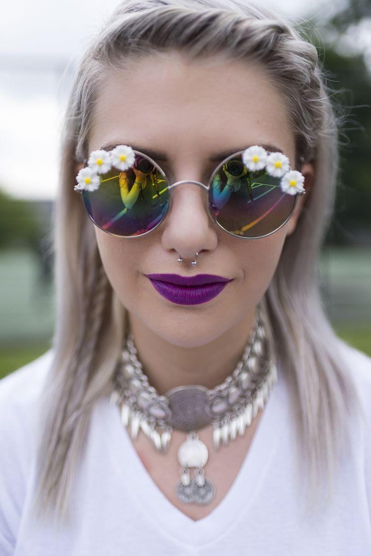Purple Lipstick - MAC Heroine