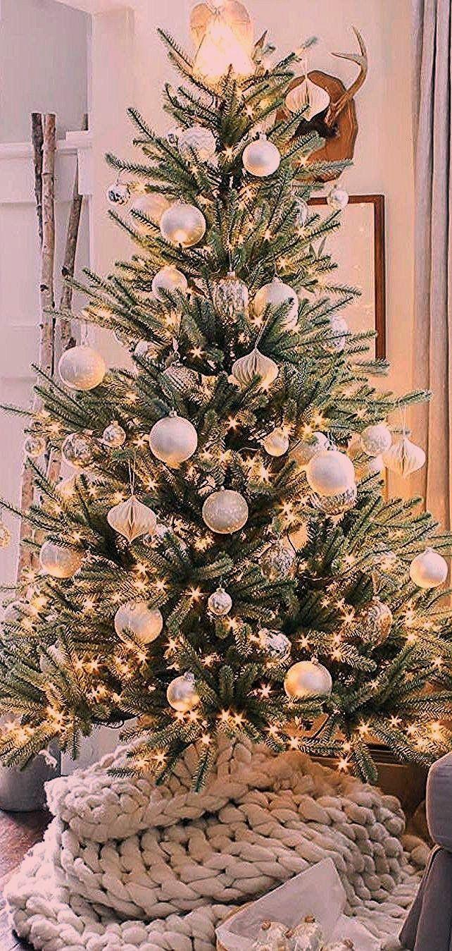 #christmas #elegant #simple #rooms #blog #rent in 2020 ...