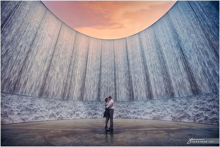 Engagement photos at the Houston Water Wall