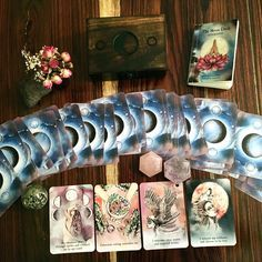 ❤︎ The Moon Deck -- Definitely on my wish list. Such beautiful imagery, oh! be still my heart!
