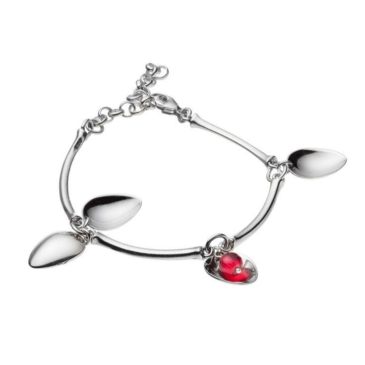 Kalevala Koru / Kalevala Jewelry / Tunturimarja-rannekoru / Mountain Berry Bracelet / Design Erja Hirvi / Silver & glass pearl