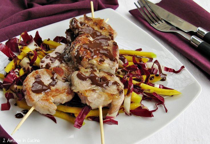 Filetto con insalata di mango e radicchio
