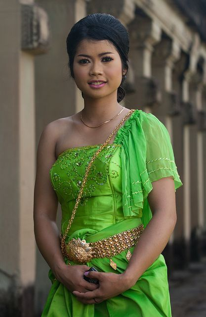2011-09-11 | Cambodian Girl
