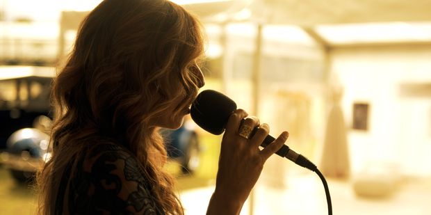 How To Free Yourself from Performance Anxiety And Stage Fright - See more at: http://www.unimedliving.com/music/singing-expression/performance-anxiety-and-stage-fright-how-to-free-yourself.html#sthash.va4rMzBt.dpuf
