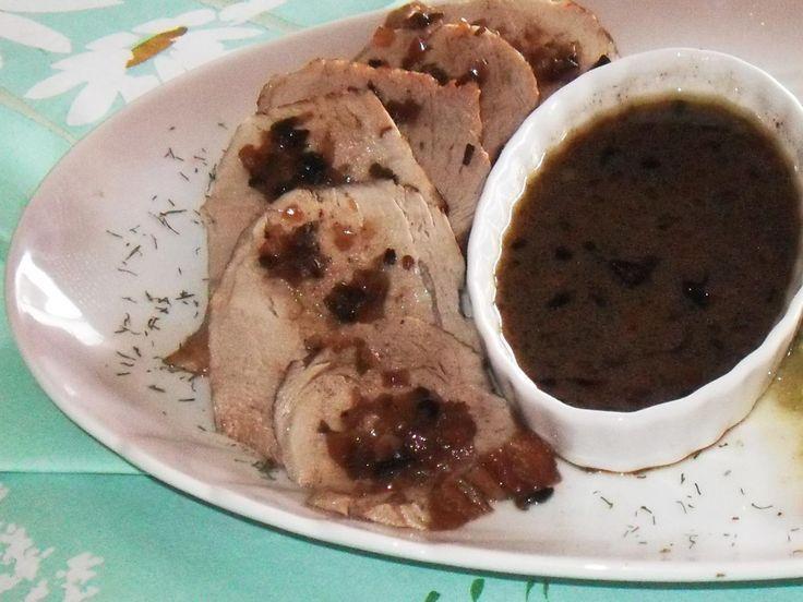 Schweinelende im Backofen / Ein schönes Festtagsgericht, wenn man eher in kleinem Kreise feiert und keinen großen Braten zubereiten möchte. @ http://de.allrecipes.com
