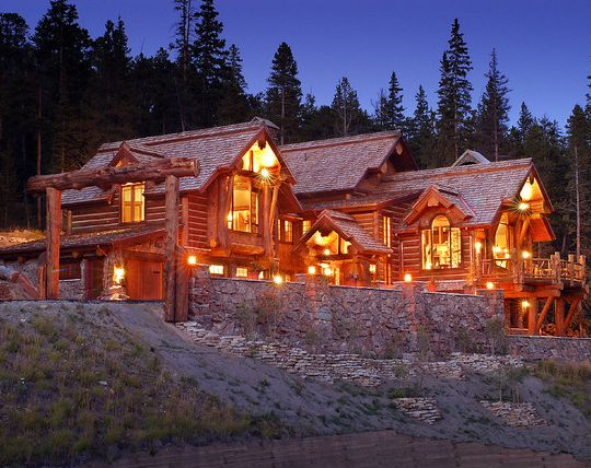 Luxury Log Homes | Luxury Log Homes With Straight And Tall Coniferous Trees  | Lake Home
