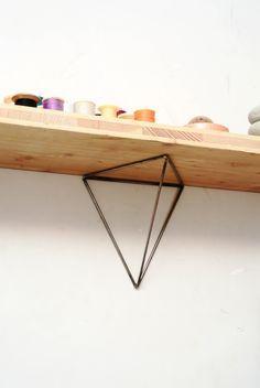 Paire de fixations géométrique n°1 [brut] en acier pour étagère murale : Meubles et rangements par bluey-creation