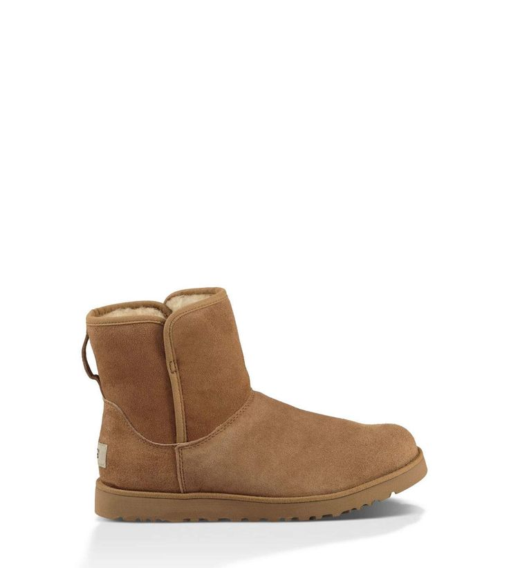 Original UGG® Cory Classic Boots for Women on the official UGG® website. Free standard delivery & returns.