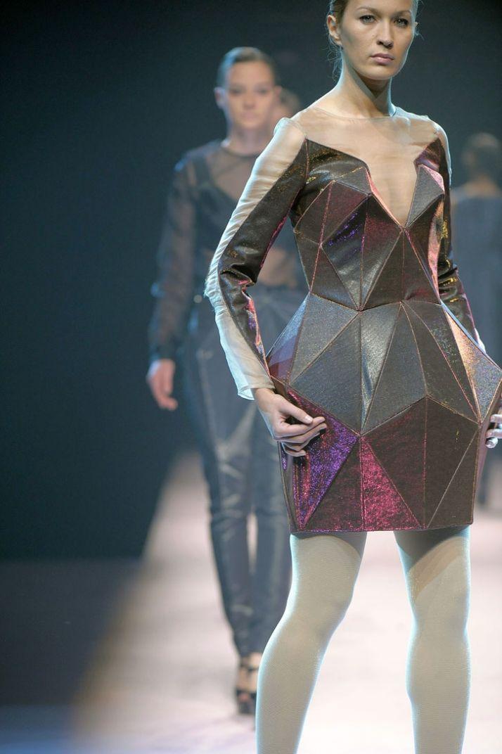 Irina Shaposnikova (Antwerp 2009) for when I need my hips to look diamond shaped