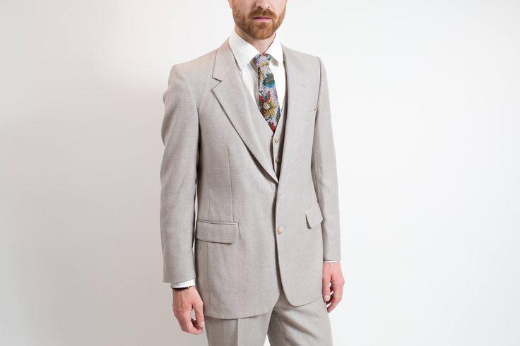 Vintage Men's Suit / 3-piece Wedding Groom Grey Wool Suit / Pants size 31-32, Jacket size 40. by PrincipalVintage on Etsy
