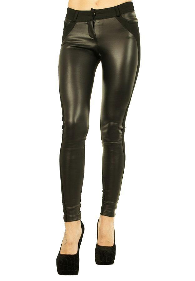 Pantalon Dama Leno  Pantaloni dama din material usor elastic, fiind usor de purtat. Design interesant ce imbina perfect doua materiale. Se inchid cu fermoar.  Detaliu - insertie fina de latex in partea din fata.     Lungime: 94cm  Latime talie: 35cm  Compozitie: 62%Poliester, 35%Vascoza, 3%Lycra