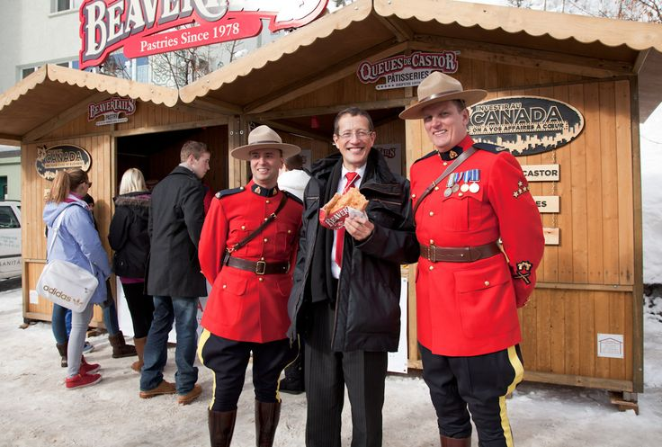 Richard Quest tries out Canada's favourite pastry - BeaverTails!
