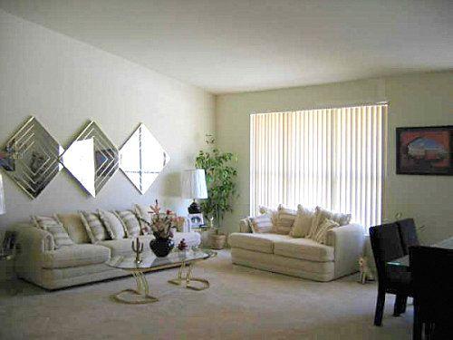 80u0027s Living Room