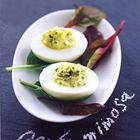Gevulde eieren met bieslook en kwark (Mimosa eieren light) - recept - okoko recepten