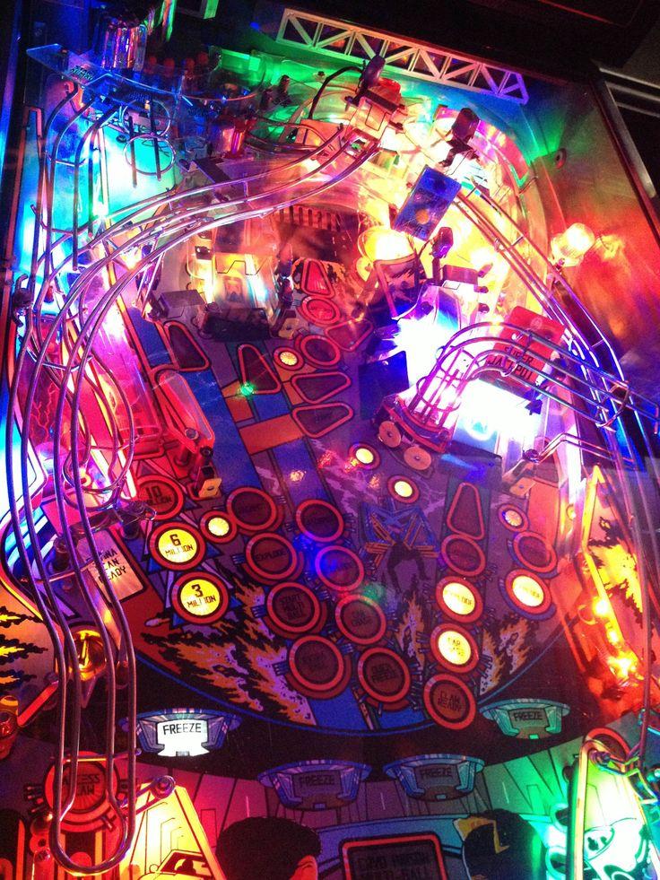 Trippy Art of '90s Pinball Games at the Florida Arcade and Pinball Expo -- Fusion.