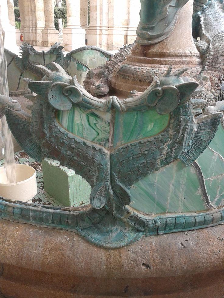 Particolare cavallucci marini della fontana del tofanari - Colorazione cavallucci marini in ...