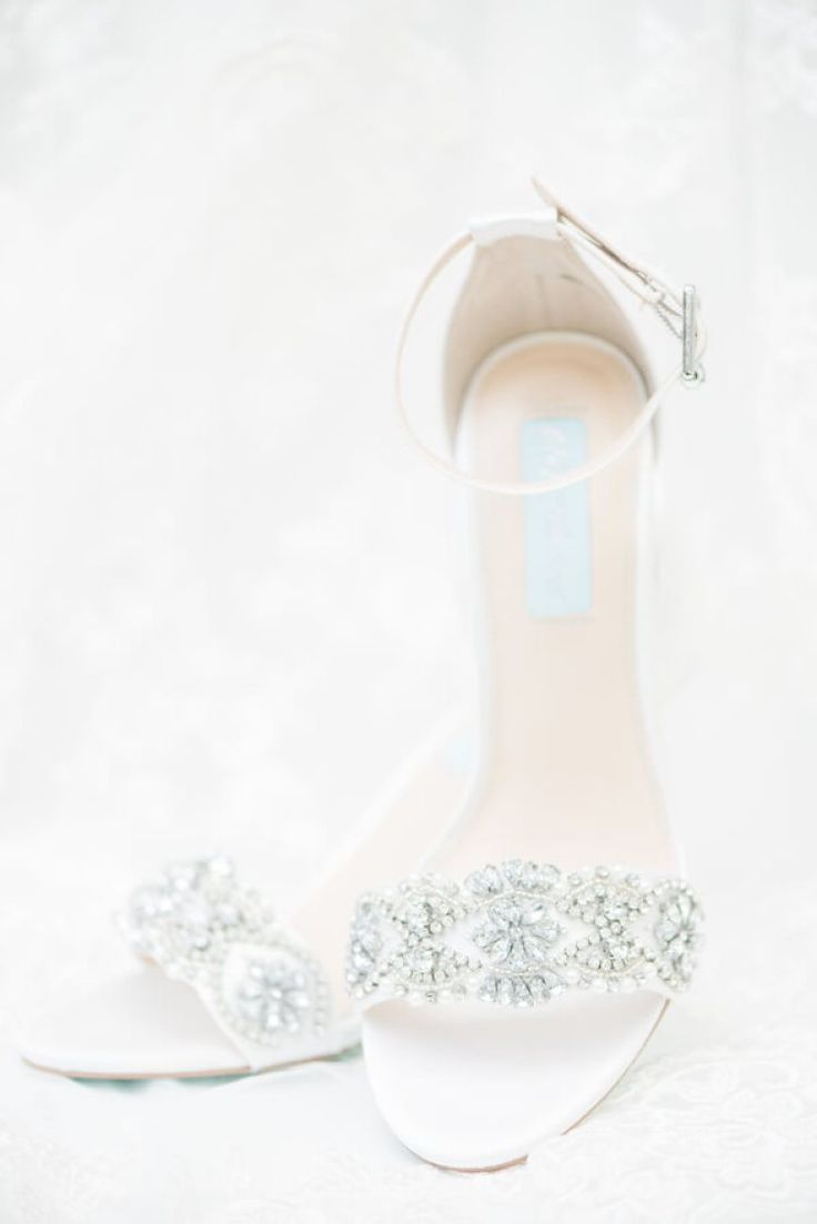 Lakefront Country Club Wedding - bridal shoes