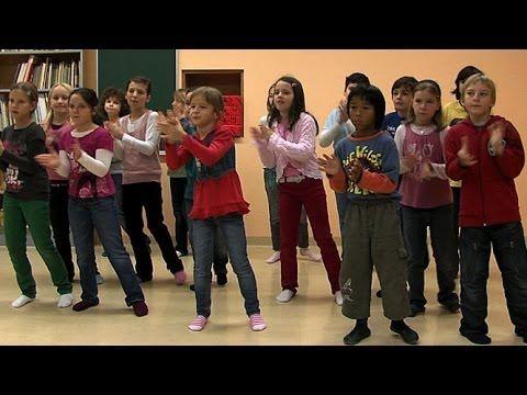 Musizieren mit dem Körper - YouTube