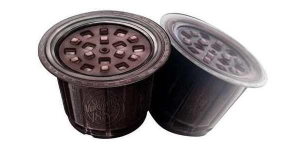 Il #caffè è sempre più sostenibile: dopo l'annuncio di Nespresso, anche Caffè Vergnano lancia sul mercato le capsule compostabili, da gettare direttamente nell'umido! http://www.greenme.it/informarsi/rifiuti-e-riciclaggio/16090-capsule-caffe-compostabili-vergnano