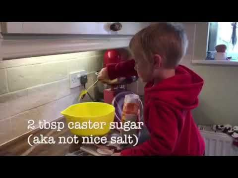 Joe makes blackberry pizza - YouTube