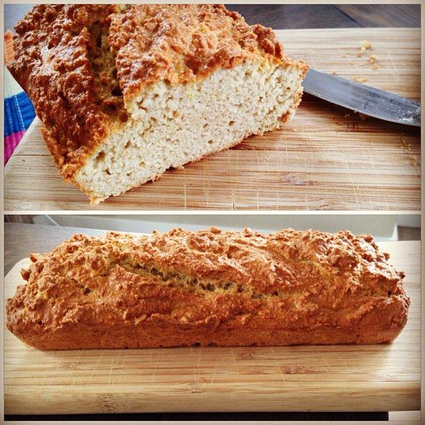 Recipe Almond-Coconutflour bread online! See : http://bijzondersmakelijk.com/amandel-kokosmeel-brood