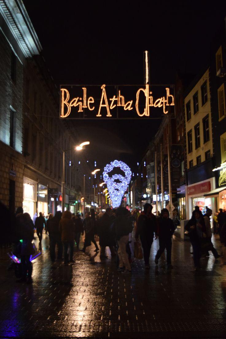 Baile Atha Cliath sign (Dublin in Irish) on Henry Street, Dublin  © Sarah Murphy