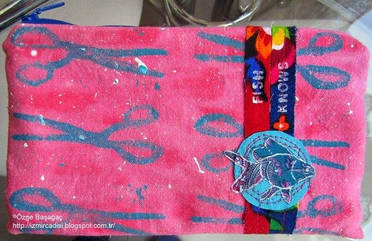 """""""fish knows"""" fabric handmade painted art bag/ """"balık bilir"""" el yapımı boyalı kumaş sanat çanta"""