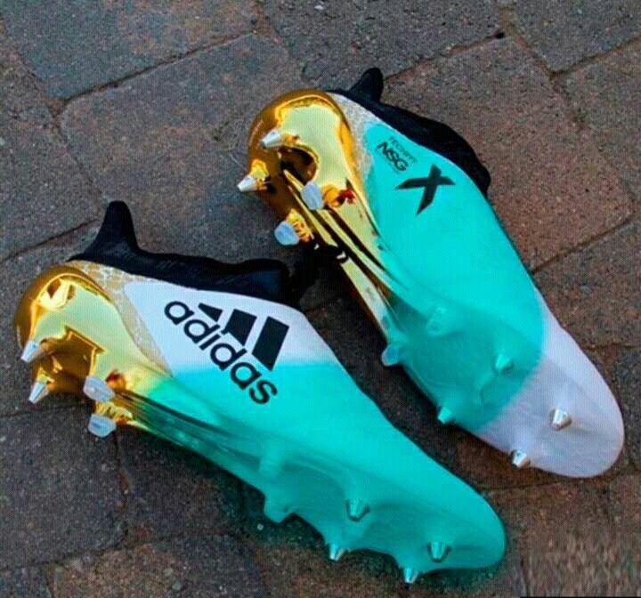 Adidas!!!!