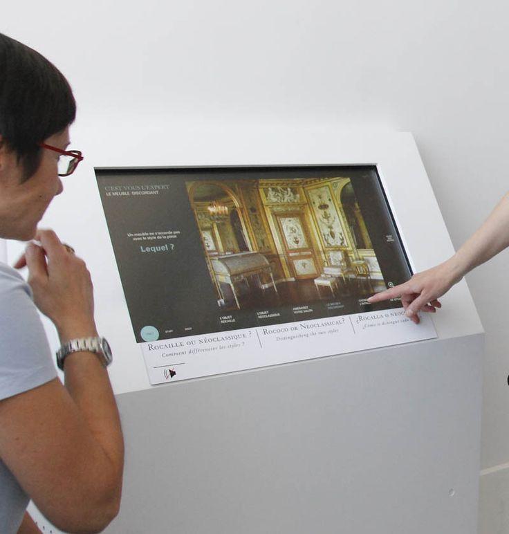 Venez jouer au musée du #Louvre en testant vos connaissances sur la reconnaissance des styles ! Ce dispositif est installé dans les nouvelles salles Objets d'art du 18e du musée du #Louvre. #Objetsdart18