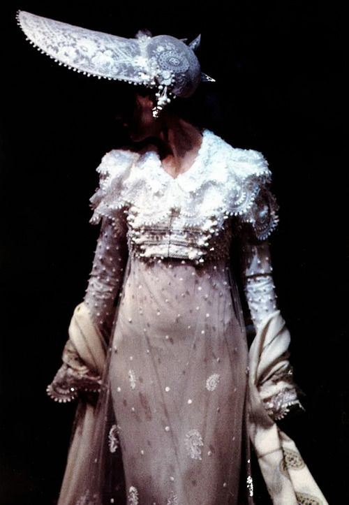 152 best images about 50 3 john galliano on pinterest for 50 haute couture