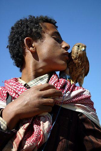 His falcon . Wadi Dhahr . Yemen✔zϮ