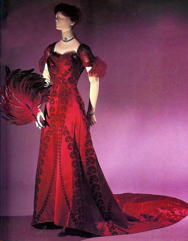 1900s Vintage Evening Dresses